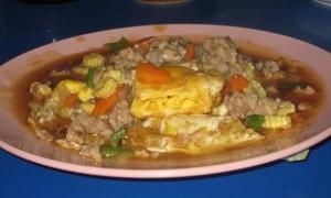 kai dow rabud fried egg with sauce thai