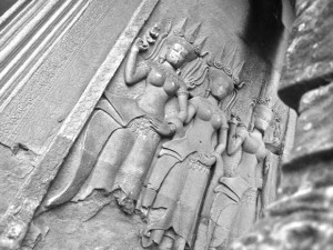 angkor wat carving